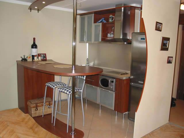 Барная стойка на кухне своими руками фото в хрущевке 149